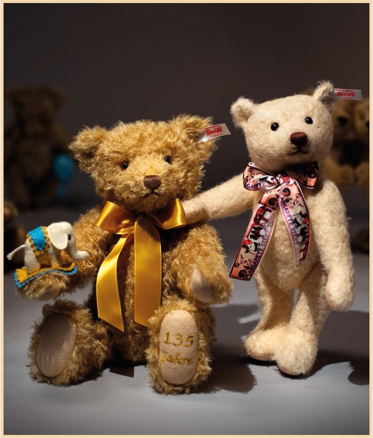 Steiff 135 Years Commemorative Bears - 2015